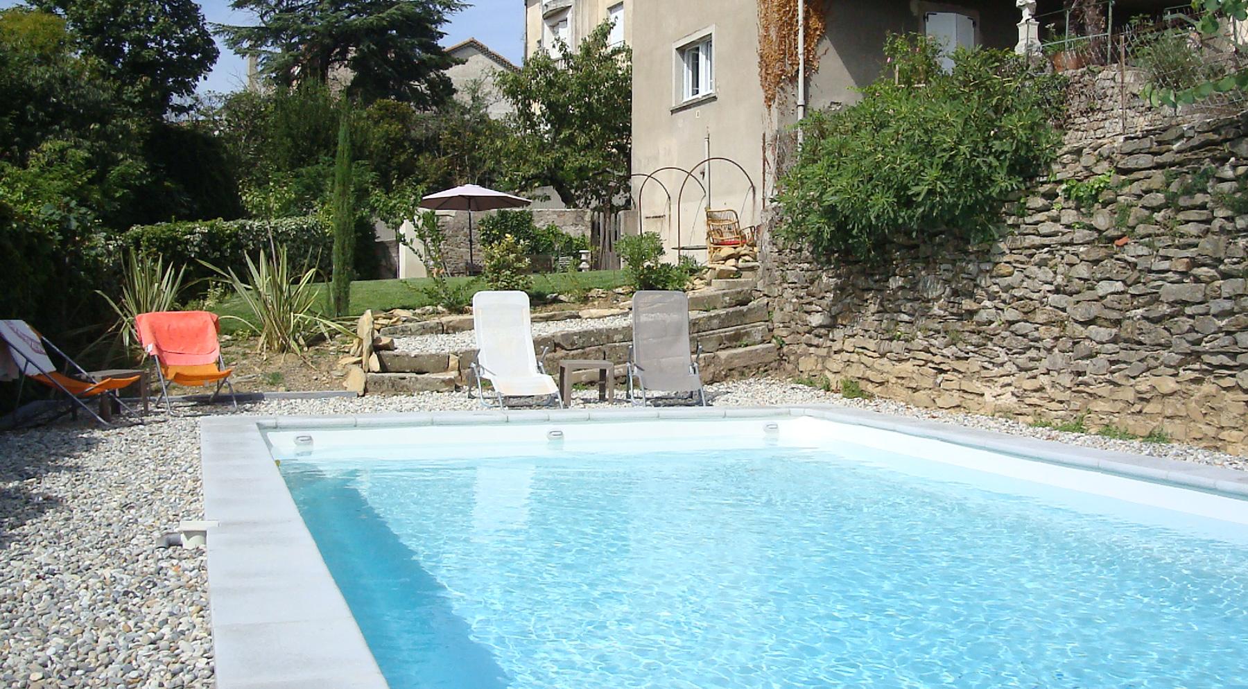 piscine-hotel-chambres-hotes-privas